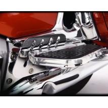 Seřizovatelný držák stupačky spolujezdce Honda