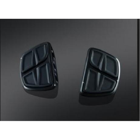 Černé stupačky řidiče / spolujezdce bez adaptéru