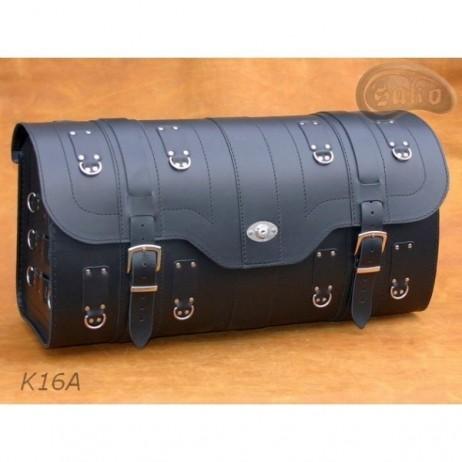 Kufr se zámečkem