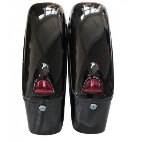 Uzamykatelné pevné boční kufry s blinkry